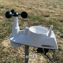 Davis Instruments 6250 Vantage Vue Precision Wireless Weather Station Used